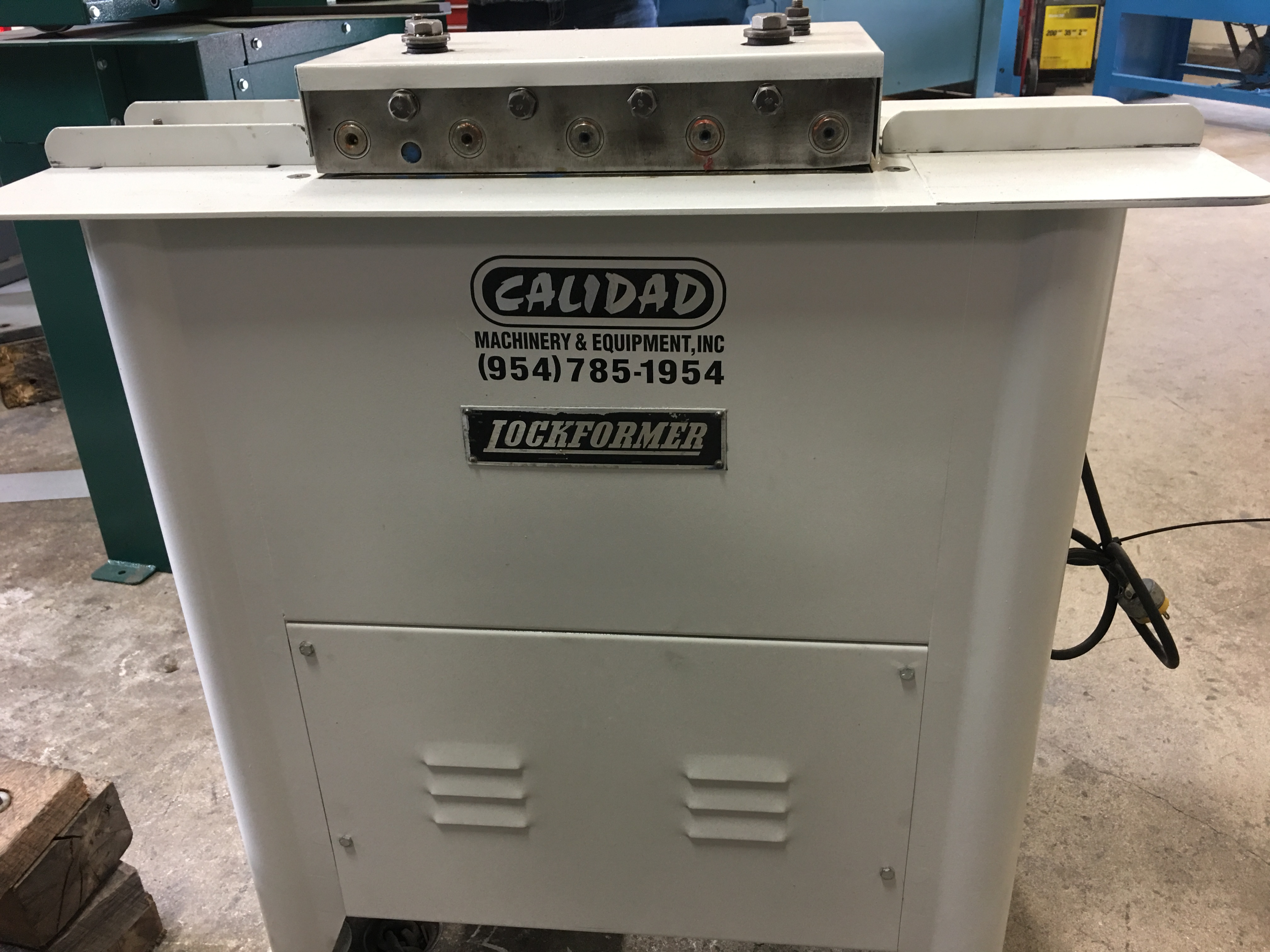 Pre Owned Lockformer 20ga Pittsburgh With Auxiliary Side